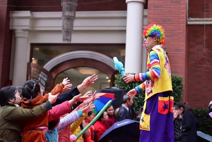 石家庄气球小丑多少钱一天,石家庄哪里有气球小丑